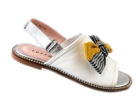 Tuffoni włoskie skórzane sandałki z kokardą 0018LL